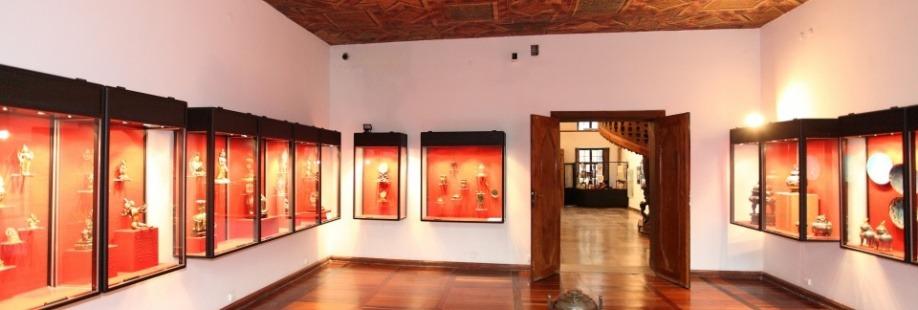 Oprowadzanie kuratorskie po Muzeum Sztuki Dalekiego Wschodu w Kamienicy pod Gwiazdą