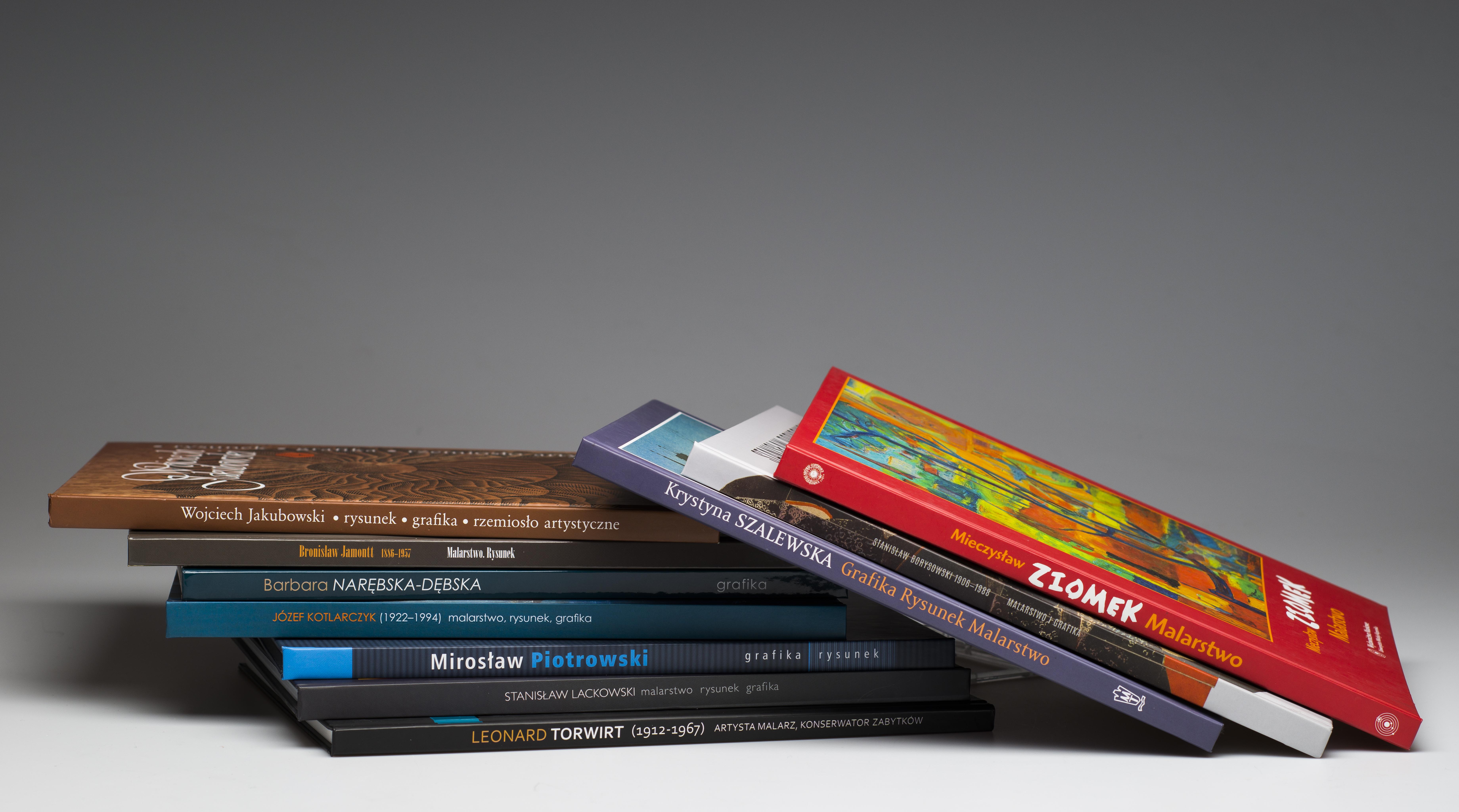 Mikołajkowy kiermasz książek muzealnych