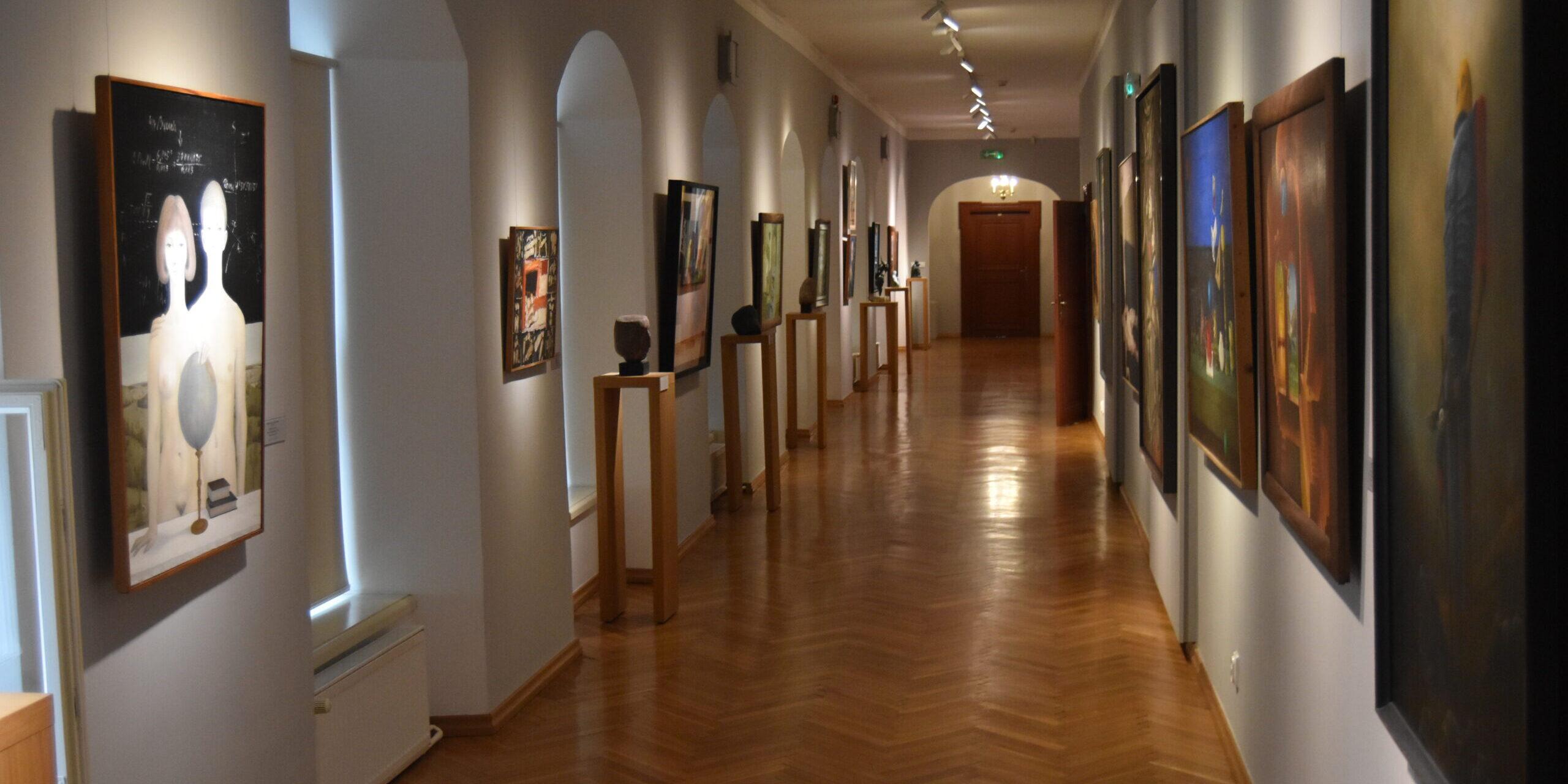 Zapraszamy na wirtualny spacer po galerii malarstwa i rzeźby polskiej